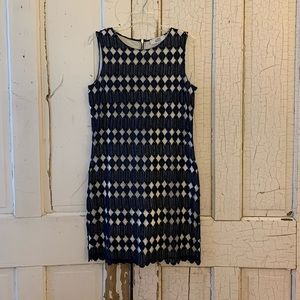 Belle Badgely Mischka navy lace dress Size 6